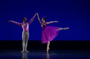 Ballet_photo_arabesques